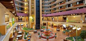 Embassy Suites Kansas City Plaza