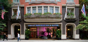Fairfield Inn & Suites Chicago Downtown/Magnificent Mile Hotel