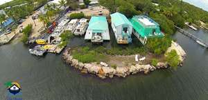 The Boatel & Houseboat Hotel Key Largo FL