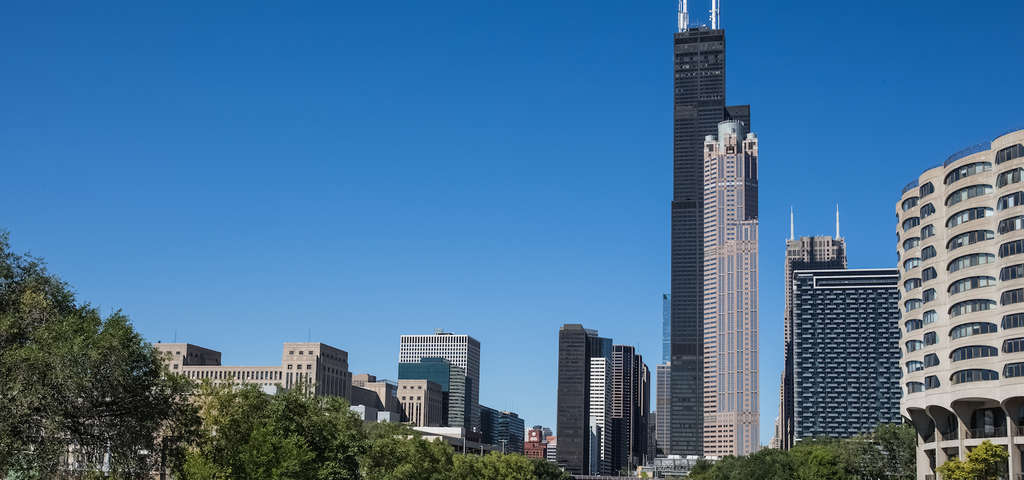 the willis tower sears tower chicago roadtrippers