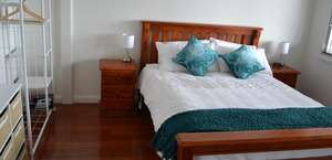 Cowries Shellharbour Village Bed and Breakfast