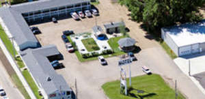 Colonial Motel and RV Park