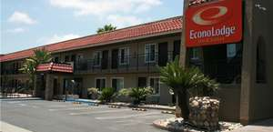 Econo Lodge Inn and Suites Downtown Escondido
