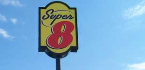 Super 8 Hot Springs