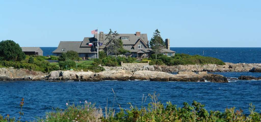 The Bush Compound, Kennebunkport | Roadtrippers