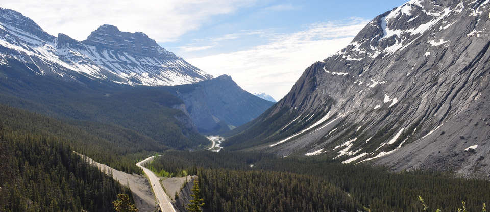 A rugged adventure along the Icefields Parkway